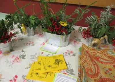 Table arrangements with Santa Cruz Island theme